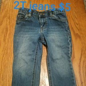 ✔Boy's 2t Carters Jean's ✔